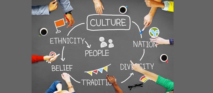 در نظر گرفتن عقاید و فرهنگ های مختلف را در ارائه تولید محتوای انگلیسی